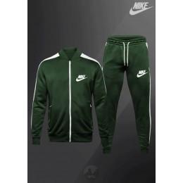 Спортивный костюм Nike зеленый