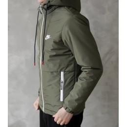 Куртка весна зеленая